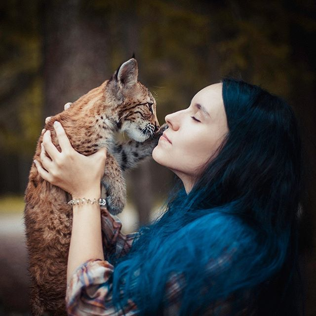Russian Girl Adopts Cute Lynx Kittens And Becomes An Internet Sensation